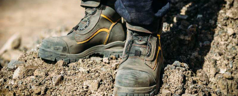 Pantofi de lucru confortabili și indestructibili